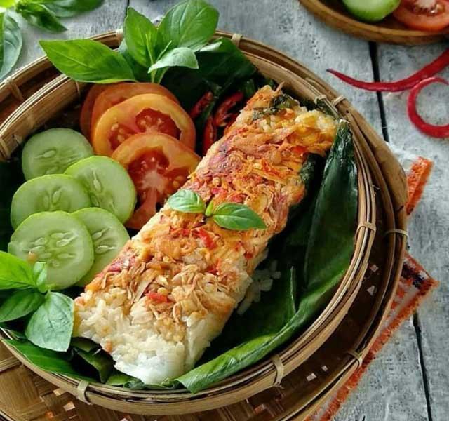 Resep Nasi Bakar Ayam Istimewa Pedas dan Super Gurih Menggugah Selera