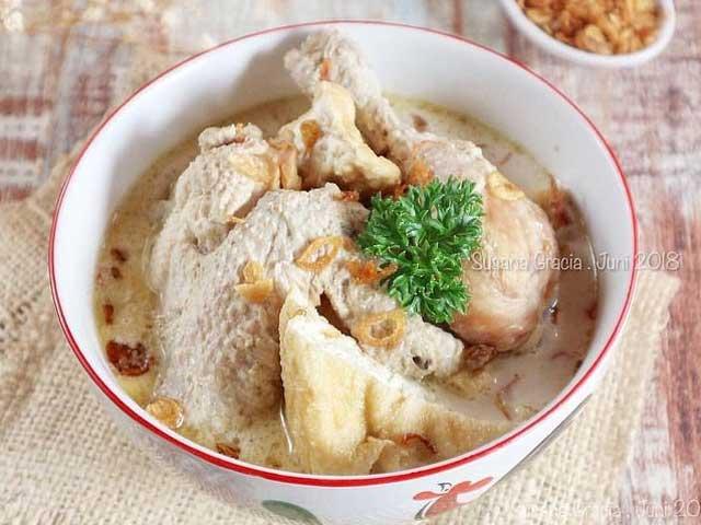 Resep Opor Ayam Putih Sederhana Enak Dan Super Gurih